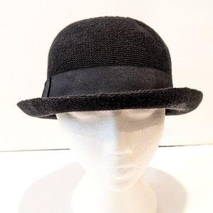 Seeberger women's black knit Sun hat